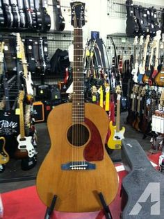 1965 Gibson LG-0 Acoustic Guitar with case - $499