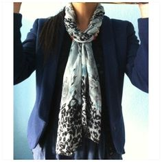 How to Tie a Scarf in a Simple & Stylish Way 