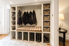 Awesome Wonderful Inspiration With 25 Boot Rooms Design and Mudrooms Idea Some people might sound familiar with the boot room and mudroom. Boot room and mudroom is a storage that can not be separated. And a separate bedroom . Shoe Storage Room, Porch Storage, Shoe Room, Boot Storage, Mudroom Laundry Room, Laundry Room Design, Orangerie Extension, Boot Room Utility, Utility Room Designs