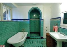 This Art deco bathroom tile small white tiles blue green gold captures photos and collection about Art deco bathroom tile natural. Art deco bathroom tile patterns Art tiles Rooms images that are related to it 1920s Bathroom, Art Deco Bathroom, Bathroom Tile Designs, Vintage Bathrooms, Bathroom Floor Tiles, Tile Bathrooms, Bathroom Ideas, Bathroom Green, White Bathroom