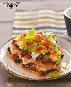 Our Layered Enchilada Bake is a fan favourite, so we decided to give it a simple twist! Now you can try our Layered Enchilada Bake Made Over and save on calories, sodium and fat. Kraft Recipes, Kraft Foods, Beef Recipes, Mexican Food Recipes, Baking Recipes, Snack Recipes, Dinner Recipes, Dinner Ideas, Recipies