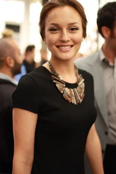 leighton meester. what a beaut.
