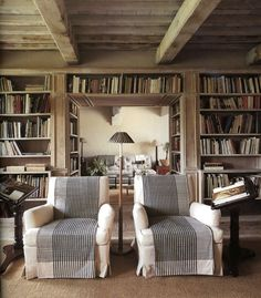 One of my life-long dreams would come true if we could have a room like this in our next house. It is the ULTIMATE home library. Interior And Exterior, Interior Design, Living Spaces, Living Room, Home Libraries, Great Rooms, Furniture Design, Furniture Logo, Furniture Showroom