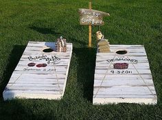 have guests sign cornhole boards!  Gretchen!