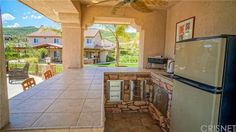 4 Car Attached Garage, One With Drive Through Access To Back Yard, Potental  · Castaic CaliforniaBoat StorageAttached ...