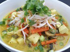 Thermobexta Vegetarian Laksa - use Thermomix mods for Easy Vegan Laksa? Veg Recipes, Asian Recipes, Healthy Dinner Recipes, Whole Food Recipes, Vegetarian Recipes, Cooking Recipes, Szechuan Recipes, Vegetarian Dinners, Detox Recipes