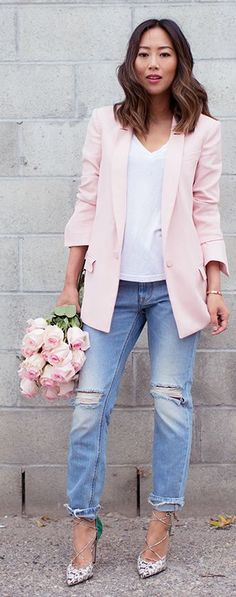 blush boyfriend blazer with a white t-shirt and cuffed jeans #spring #style