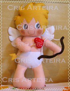 BOneco Cupido, confeccionado em feltro. R$ 67,00
