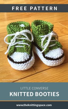 Converse Knitted Booties [FREE Knitting Pattern] How adorable are these converse inspired knitted baby booties? This is truly a charming handmade gift to bring to a baby shower that will have everyone swooning! Baby Booties Knitting Pattern, Baby Boy Knitting Patterns, Knitted Baby Clothes, Baby Clothes Patterns, Crochet Baby Shoes, Crochet Baby Booties, Baby Knits, Baby Bootees, Knit Baby Sweaters