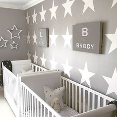 This star themed twin nursery is adorable! Thanks for the tag This star themed twin nursery is adorable! Twin Baby Rooms, Baby Bedroom, Twin Babies, Baby Twins, Twin Room, Cribs For Twins, Twin Cribs, Child Room, Kids Bedroom