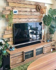 40 best rustic tv wall decor idea for living room design 48 - Wedding Inspire Pallet Wall Decor, Tv Wall Decor, Diy Pallet Furniture, Wall Décor, Diy Interior, Home Interior Design, Living Room Tv, Living Room Designs, Diy Home Decor