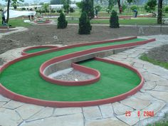 Mini Golf Ltd - Miniature golf plans and layouts. Custom made Miniature golf obstacles. Guide on how to build a minigolf course Putt Putt Golf, Adventure Golf, Golf Card Game, Dubai Golf, Golf Instructors, Crazy Golf, Golf Training Aids, Miniature Golf, Golf Club Sets