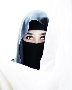 Cal Him by His beautiful 99 Names Al Wadud, Al Ghaffur hijab names - Hijab Beautiful Muslim Women, Beautiful Hijab, Beautiful Eyes, Niqab Fashion, Muslim Fashion, Muslim Girls, Muslim Couples, Girls Dp, Girls Eyes