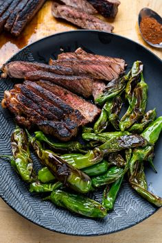 Pan seared steaks seasoned in a cocoa (aka chocolate), chipotle and coffee seasoning with a side of blistered shishito peppers! Steak Recipes, Grilling Recipes, Crockpot Recipes, Chicken Recipes, Healthy Recipes, Mole Recipe, Pan Seared Steak, Spring Recipes, Savoury Dishes