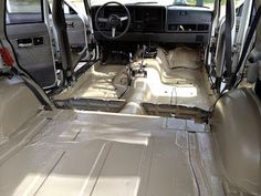 Morrison's Garage: Jeep Cherokee XJ - Rusty Floors, Bedliner and Interior Recolor