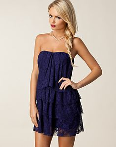 Pearl Dress - Jeane Blush - Navy - Party dresses - Clothing - NELLY.COM Fashion on the net