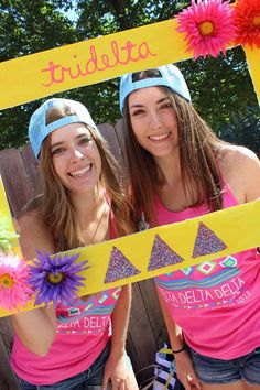 Delta Delta Delta at University of California, Davis #DeltaDeltaDelta #TriDelta #BidDay #PhotoOp #sorority #Davis