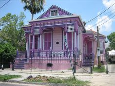 Purple house! goo.gl/33uo5 home colors, purpl hous, shades of purple, colorful houses, easter eggs, house colors, gingerbread houses, dream houses, victorian houses