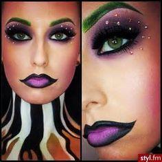 beetlejuice ladies costume - makeup