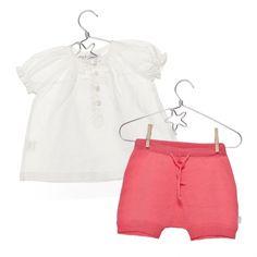 Camisa Blanca blanco roto + Culotte Noa fresa