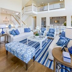 Ideas for decorating with blue |accessories for living room. I'm doing a bedroom in all blue...looking for ideas for blue hues that don't clash...
