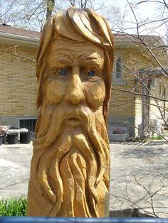 Esculturas están hechas de árboles trabajo artístico                                                                                                                                                                                 Más