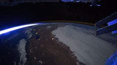 earth-iss-gif.gif (500×281)