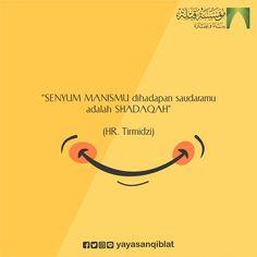 """""""Mari berbagi senyuman karena senyuman adalah Shadaqah.""""*_"""