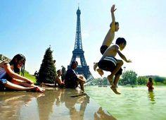 Como terapeuta que trabaja con niños, tiene perfecto sentido para mí que los niños franceses no necesiten medicamentos para controlar su comportamiento, porque aprenden autocontrol temprano en sus vidas. Los niños crecen en familias en las que las reglas son bien entendidas, y existe una jerarquía familiar clara. En las familias francesas, los padres se ...