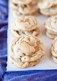 Puffy Vanilla Peanut Butter Chip Cookies - Soft and chewy cookies with tons of vanilla flavor!