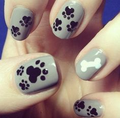 Dog Print // Paw Print Nails