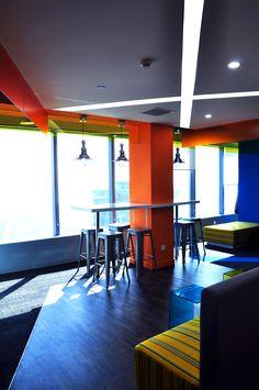 Tairen #smalloffice #commercialspaces #commercialinteriors #design #flooring