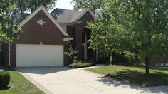 In Stony Creek Sub! Short Sale. Sold as is.