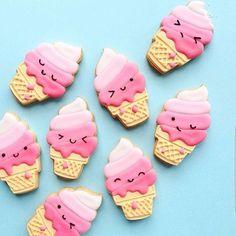 Definitely feels like ice cream weather #repost from @cindyscakecreations ✨ #icecream #summer #london #cookies #prettyinpink
