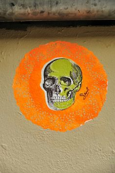 ☠☠☠™  Smot - street art - Paris 20 - Villa de l'ermitage