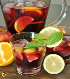 Homemade Healthy Sangria (Non-Alcoholic)! Summer Sips In Sixty Seconds - Mind Over Munch Fun Drinks, Healthy Drinks, Beverages, Cold Drinks, Homemade Iced Coffee, Lemon Vodka, Smoothies, Red Sangria, Spiced Rum