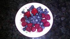 Excelent desert for type 1 diabetes kids - 15 carbohydrates- bluberries, raspberries, strawberries