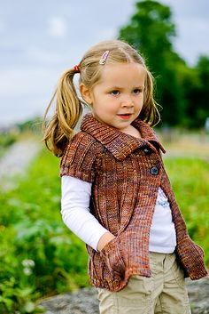 Ravelry: Cinnamon pattern by Elena Nodel- would be cute for Maddie and Tori