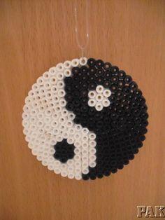 Yin-Yang-Hanger-Fridge-Magnet-or-Coaster-Ying-Feng-Shui-Buddhism-Hama-Beads
