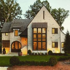 Warm light warm brick exterior Gorgeous home in North Carolina designed by Mark Kirby featuring Romabio Classico Limewash in Riposo Beige now available the homedepot or on our website link in bio Tudor House, House Goals, My Dream Home, Home Fashion, Exterior Design, Exterior Paint, Future House, Architecture Design, Vintage Architecture