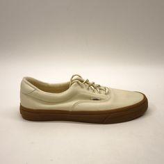 ccf85b2ce1 New Vans Mens Vulcanized Classic Cream Lace Up Canvas Sneaker Shoes Size 12   VANS