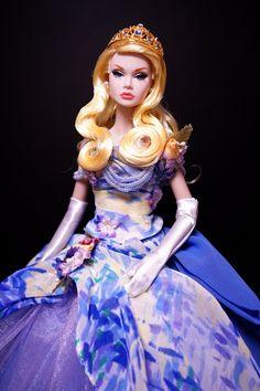 Reflections of Light Poppy Parer Ooak Dolls, Barbie Dolls, Poppy Doll, Really Long Hair, Glamour Makeup, Glamour Dolls, Poppy Parker, Barbie Princess, Doll Repaint