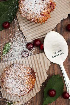 Tällä kelpaa nostella. Jotain maukasta-blogissa on useampikin resepti lusikalliseen hyvää mieltä!