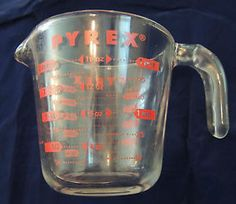 Pyrex 2 Cup Glass Measuring Red Letter 1 Pint 16 oz 500 ml 1/2 Litre USA...great for the vintage kitchen lover