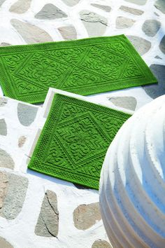 Vivaraise green doormats from Le Patio. Home Textile, Decoration, Stepping Stones, Bath, Outdoor Decor, Green, Doormats, Textiles, Home Decor