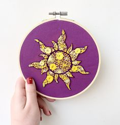 Simple Embroidery, Hand Embroidery Designs, Cross Stitch Embroidery, Embroidery Patterns, Tangled Flower, Tangled Sun, Learning To Embroider, Rug Ideas, Disney Diy