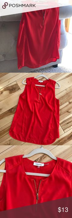 🍾🦄REDUCED 🎉🎉Red Calvin Klein Tank Calvin Klein loose, red dressy tank.  Perfect for Spring and Summer!  Size Medium Calvin Klein Tops Tank Tops
