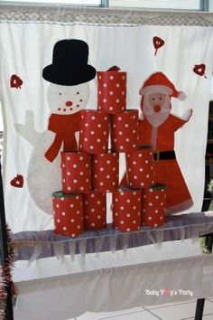 Jeux - Arbre de noël Toyota - www.babypopsparty.com/en-image Decoration, Christmas Stockings, Advent Calendar, Holiday Decor, Toyota, Party, Home Decor, Christmas Trees, Noel