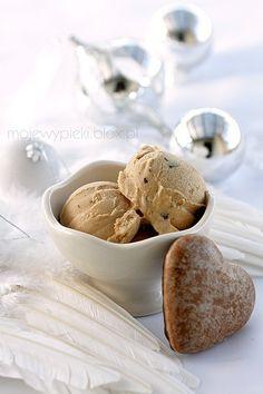 Gingerbread ice cream.