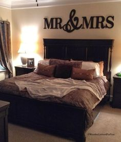 Check out these fabulous bedroom decorating ideas. Chosen by interior experts, you're bound to find inspiration for your dream bedroom. Painted Wood Letters, Wooden Letters, Big Letters, Letter Wall Decor, Above Bed, Home And Deco, Home Living, My New Room, Home Bedroom